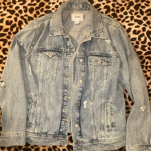 Old navy washed vintage jean jacket distressed